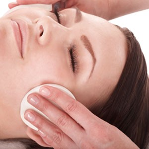 Facial Treatments | Naturally Your West Vancouver Spa & Salon